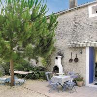 Hotel Pictures: Holiday Home Maison De Lavendre, Saujon