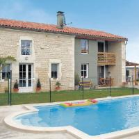 Hotel Pictures: Holiday home Feunat P-773, Rouillac