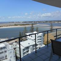 One-Bedroom Apartment with Premium Ocean View