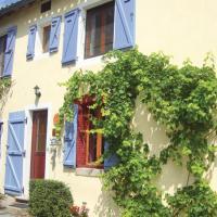 Hotel Pictures: Holiday home En Croux M-806, Nogaret