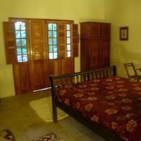 Deluxe Chalet with Patio (2 Adults)