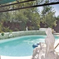 Holiday home Gargas 95 with Outdoor Swimmingpool
