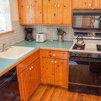 Spacious 2 Bedroom Townhouse with 2 Lofts