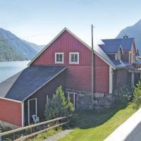 Holiday home Fardal Eskestrand