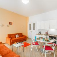 Budget One-Bedroom Apartment 4