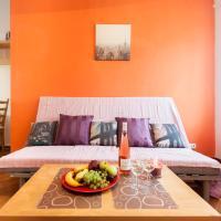 Premier One-Bedroom Apartment 22