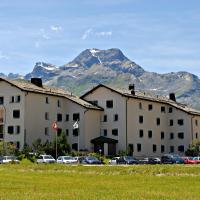 Hotel Pictures: Residenza Lagrev, Sils Maria
