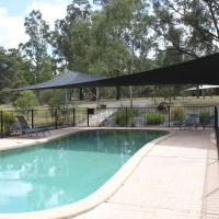 Hotel Pictures: Woodlane Cottages, Lovedale
