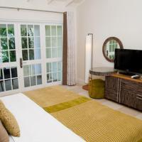 Superior King or Twin Room with Garden View