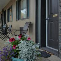Hotel Pictures: Maple Leaf Motel Emerson, Emerson