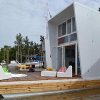 Hotel Pictures: Floating Houses Buenos Aires, San Fernando