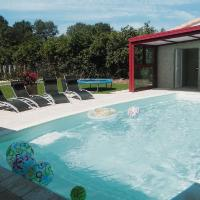 Hotel Pictures: Holiday Home Le Retail, Le Longeron