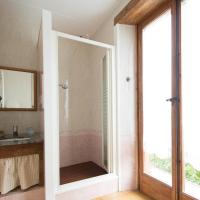 Double with exterior private bathroom