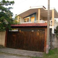 Las Palmeras Surf House
