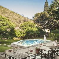 Hotel Pictures: Hostal Toledo, La Cumbre