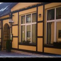 Hotel Pictures: Penzion & Resturant U Zlatého Selátka, Kladno