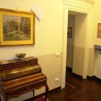 One-Bedroom Apartment - 39 Lungotevere dei Mellini
