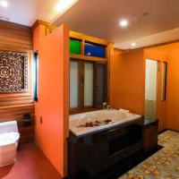 Executive Suite with Pool Access