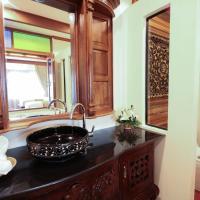 Twin Room with Spa Bath
