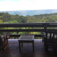 Hotel Pictures: Many's House, Ballena