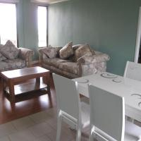Deluxe Three-Bedroom Family Room with Sea View