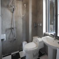 Apartment with Shower (seaview)