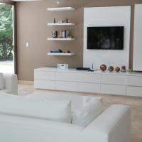 Three-Bedroom Luxury house ( 8 people )