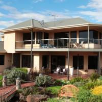 Hotel Pictures: Hilltop Apartments Phillip Island, Cowes