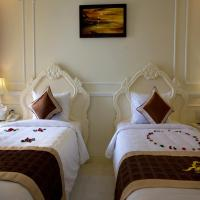 Junior Deluxe Double or Twin Room (Free One-way Airport transfer)