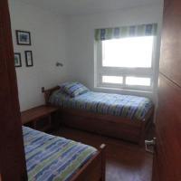 Hotel Pictures: Gran Casa En Maitencillo, Maitencillo