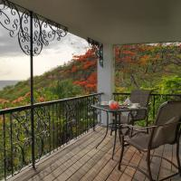 Queen Room with Balcony and Sea View - Tree House