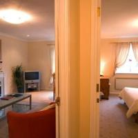 6/4 Rodney Place Apartments (Sleeps 2+2)