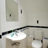 32 Greenside Row - Playhouse Apartment (Sleeps 8)