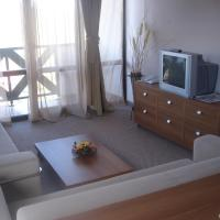 Family Apartment (2 Adults + 2 Children)