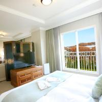 Junior Suite Double Room with 2 Sofa Beds - Non-Smoking