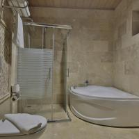 Deluxe Room with Bathtub