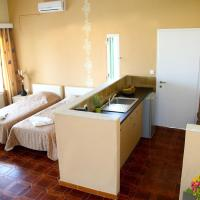 Two-Bedroom Apartment with Sea View (5 Adults) - Annex