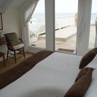 Duplex Suite with Patio and Ocean View - Pebbles