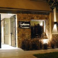 Hotel Pictures: Tayka Suites, Salta