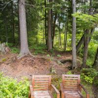 Hotel Pictures: Wentworth Lake Cottage, Wentworth-Nord