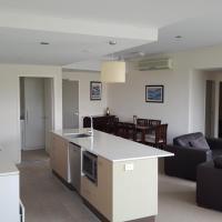 Itara Three-Bedroom Apartment