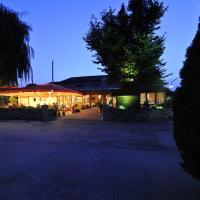 Hotel Pictures: Hotel Dreimädelhaus, Espelkamp-Mittwald