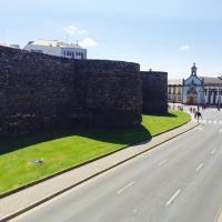 Hotel Pictures: Lugo Rooms, Lugo