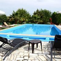 Hotel Pictures: Two-Bedroom Holiday home in LP de Cazalla II, La Puebla de Cazalla