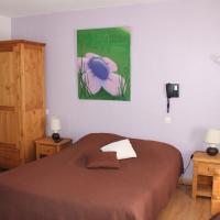 Hotel Pictures: Les Sapins, Saint-Jeoire