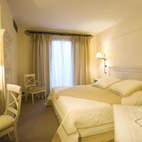 Hotel Pictures: Domaine de Clairefontaine, Chonas-l'Amballan
