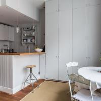 One-Bedroom Apartment-Moscow Road IV