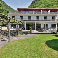 Hotel Pictures: Eco-Hotel Cristallina, Giumaglio