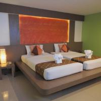Deluxe Double or Twin Room with Breakfast
