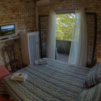 Standard Triple Room with Garden View